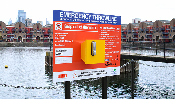 Portsafe Emergency Throwline Board Installed at Shadwell Basin