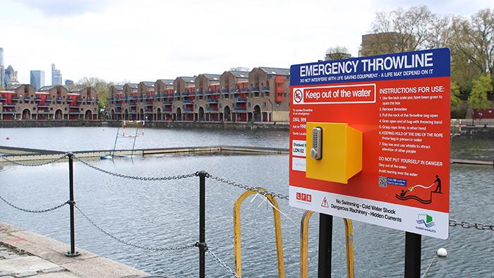 Portsafe Emergency Throwline Board Installed at Shadwell Basin